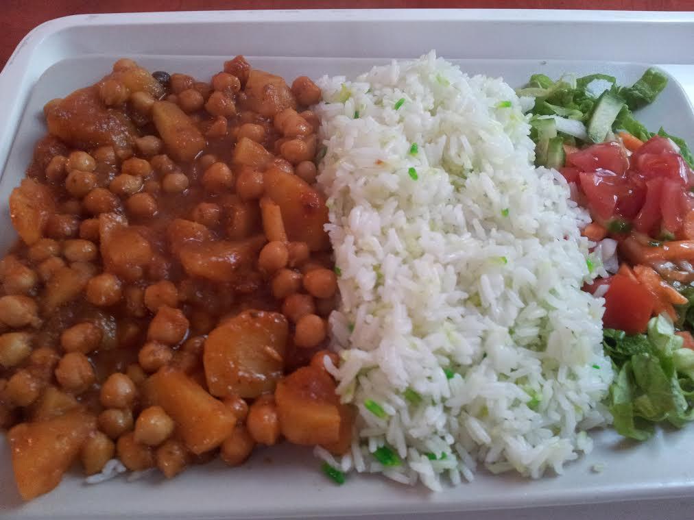 אוכל הודי בכל מקום, גם בהונגריה. צילום: טל יגר