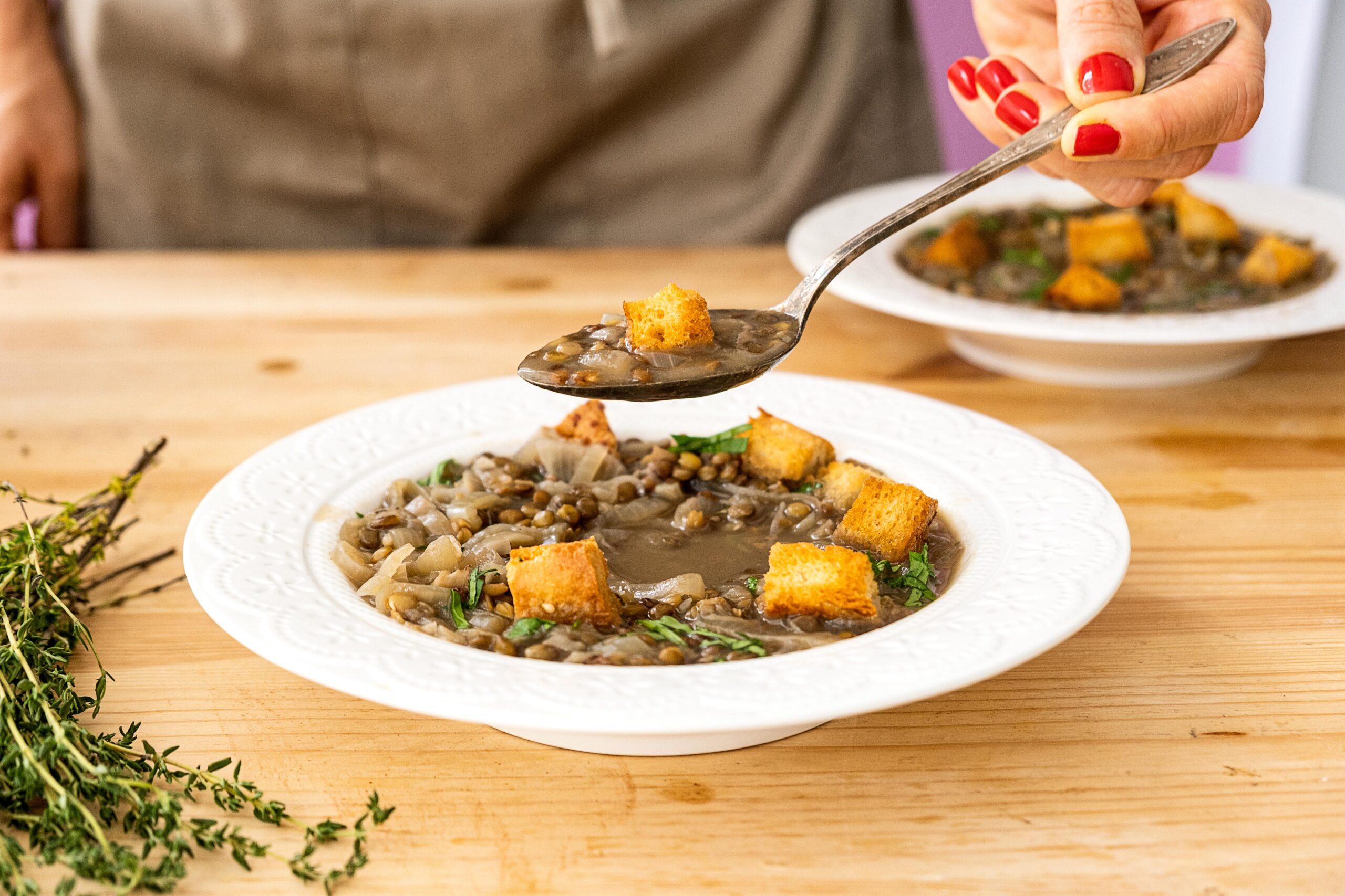 מרק בצל טעים וקל להכנה