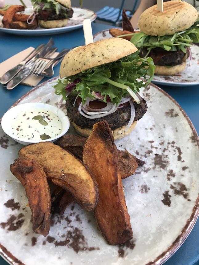 Funky Fresh Foods מסעדה אורגנית טבעונית באוסלו
