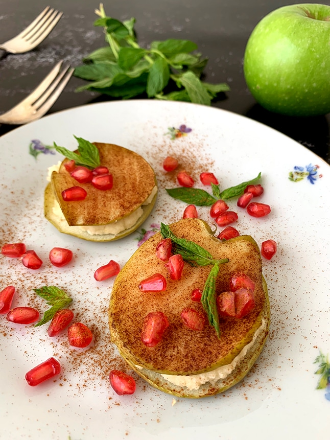 קינוח לראש השנה: רביולי פתוח של תפוחים עם קרם שקדים מתוק