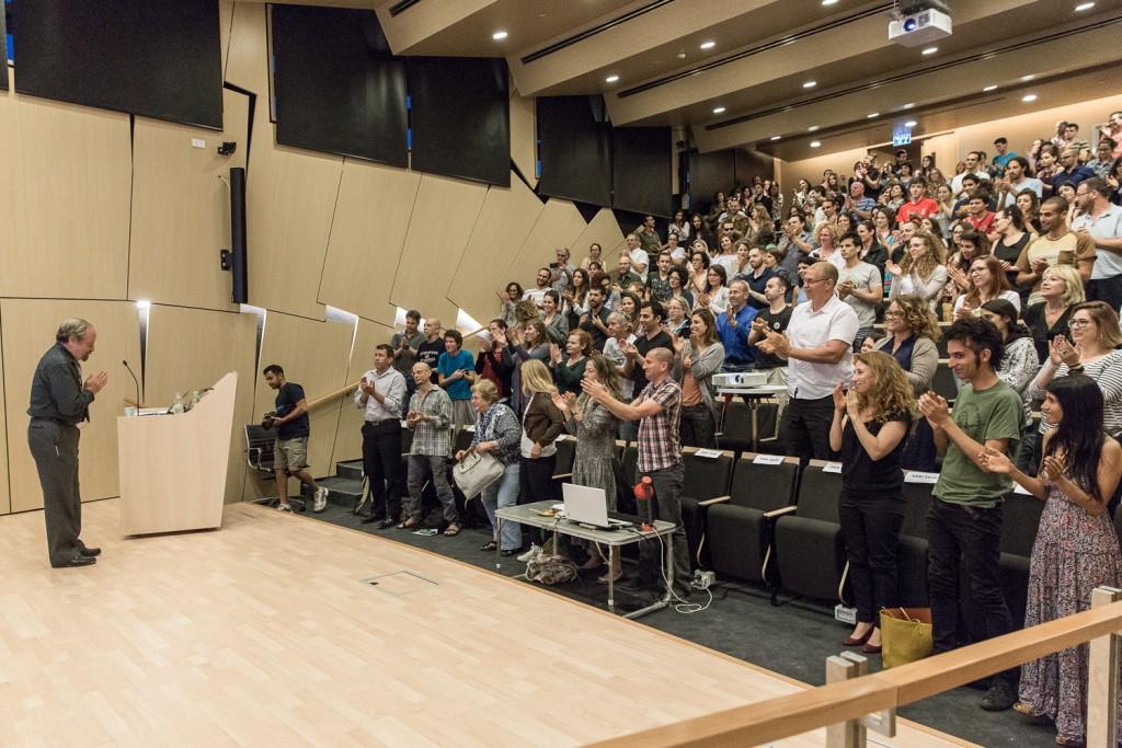 מגטו וארשה לחמלה לכל, בהרצאה באוניברסיטת תל אביב. צילום: רויטל טופיול