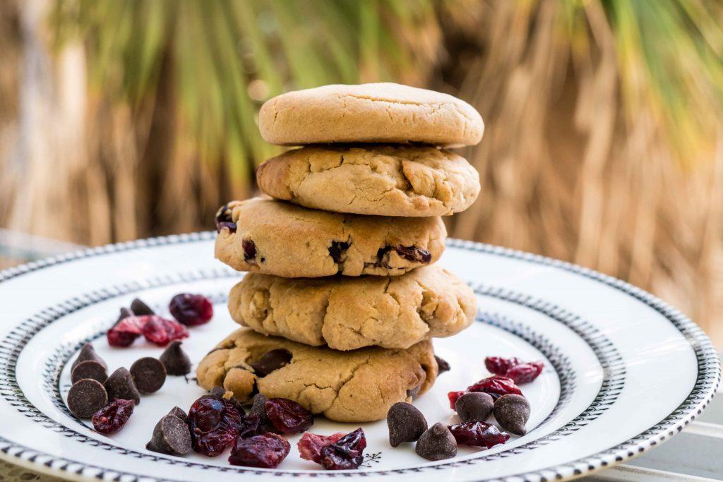 עוגיות טחינה טבעוניות עם או בלי תוספות