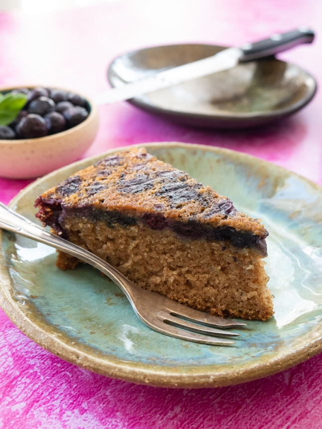 עוגת וניל אוכמניות טבעונית