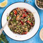 סלט קינואה עם ירקות צלויים של אורי שביט