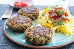 המבורגר טבעוני עם עדשים ופטריות