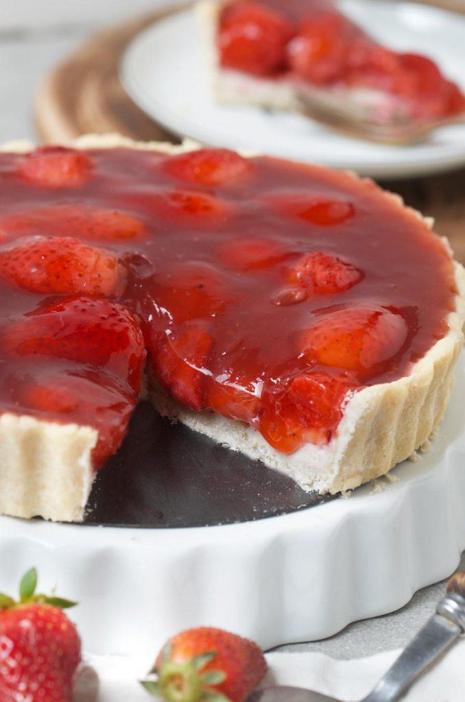פאי תותים וגבינה בנוסח טבעוני