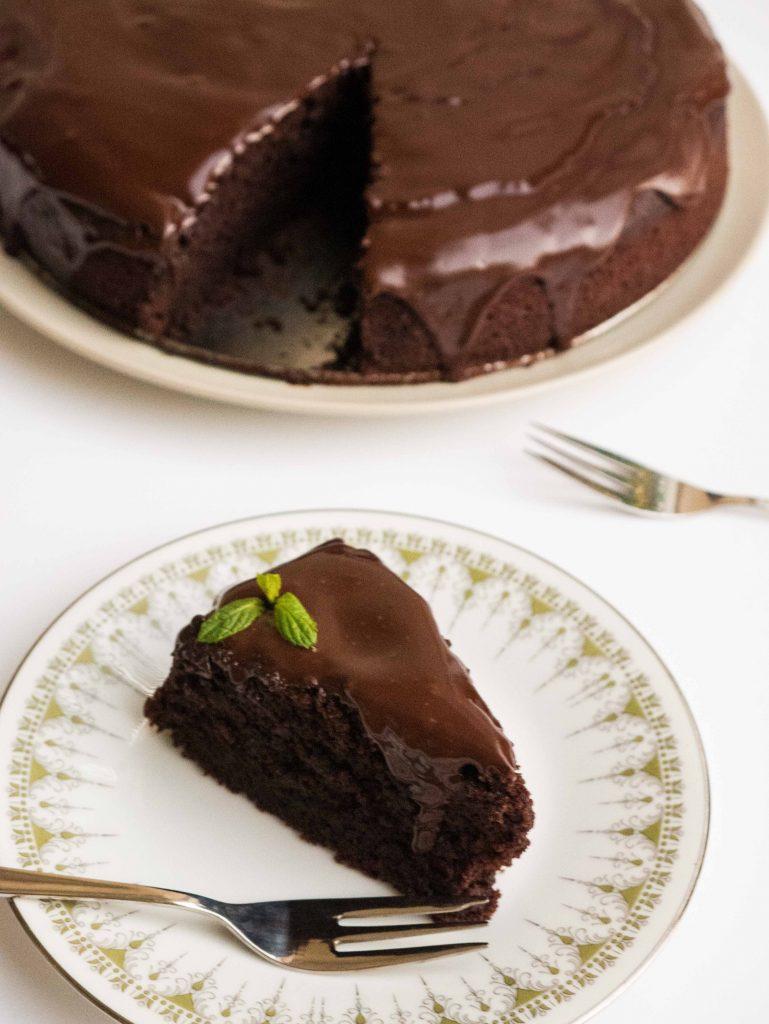 עוגת שוקולד מוש. אל תשאירו אותה לבד