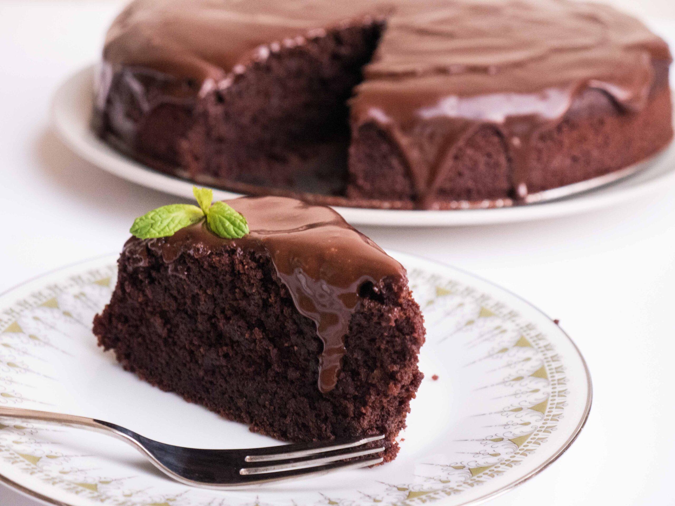 עוגת שוקולד טבעונית מושלמת לקטנים ולגדולים