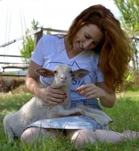 מלי הטליה הצעירה ואני. צילום: עומר שלו